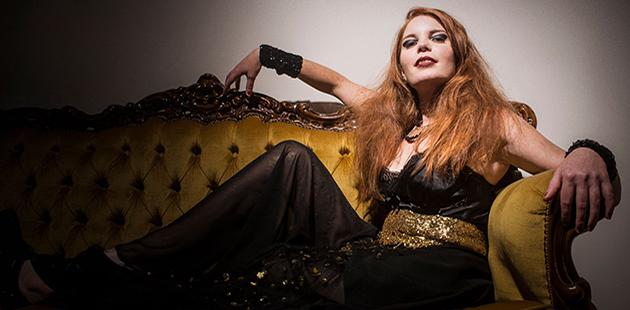 Jennifer Kingwell The Glitter and Doom Salon