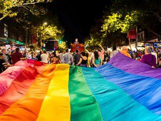 Mardi Gras Parade - photo by Jeffrey Feng APN