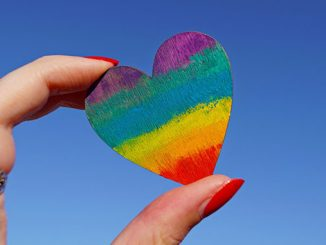 APN-Rainbow-Heart