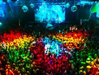 Mardi Gras Party – photo by Ann-Marie Calilhanna